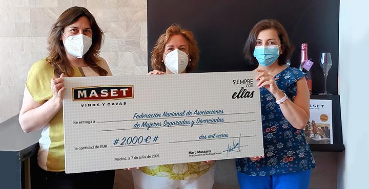 Maset dona 4.000 € a hogares de acogida de mujeres maltratadas