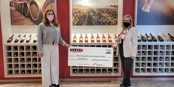 Maset dona 10.750 € a FECMA para la lucha contra el cáncer