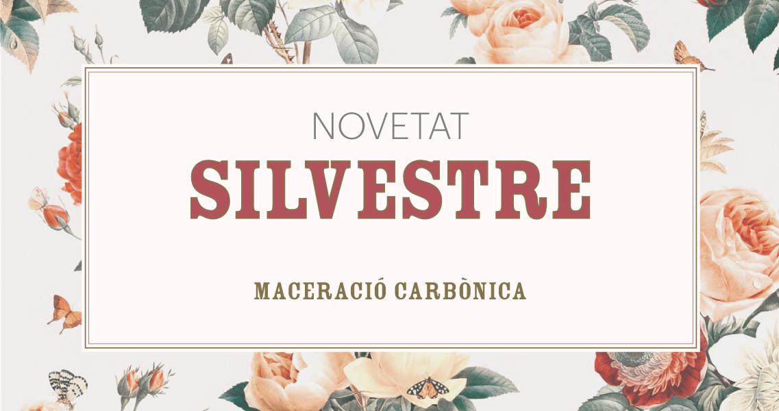 Detall de l'etiqueta del vi negre Silvestre